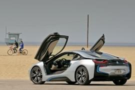 BMW i8 von hinten