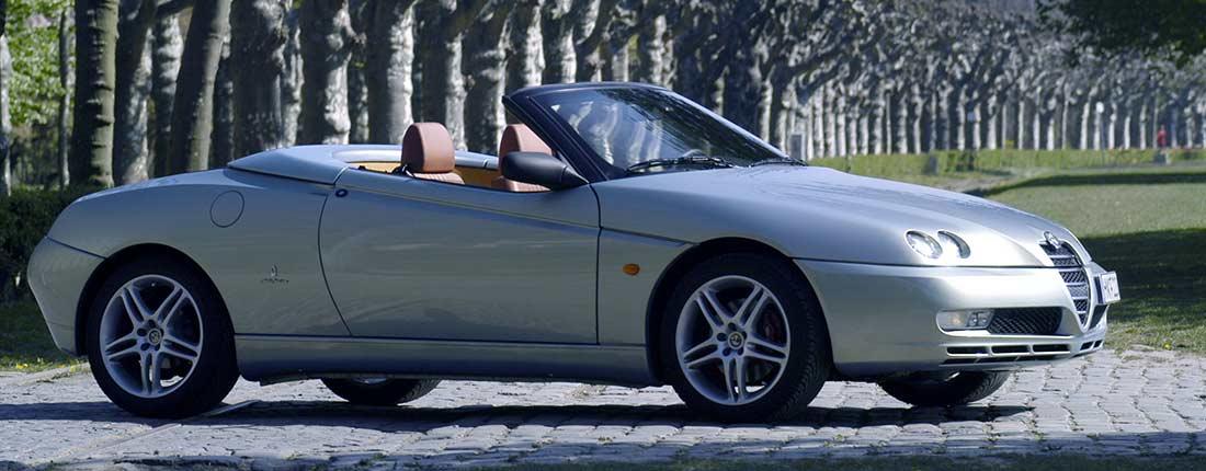 alfa romeo spider occasion tweedehands auto auto kopen autoscout24. Black Bedroom Furniture Sets. Home Design Ideas