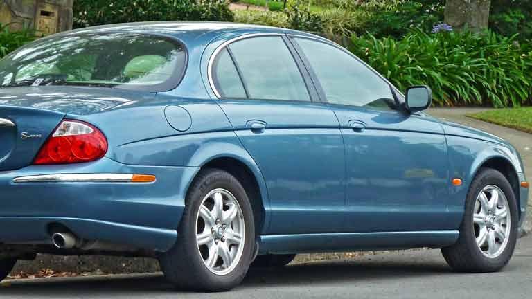 William Lyons, De Medeoprichter Van De Luxe Britse Autofabrikant Jaguar,  Was In De Jaren U002750 Zeer Bepalend Voor Het Imago Van Het Merk En Het  Uiterlijk Van ...