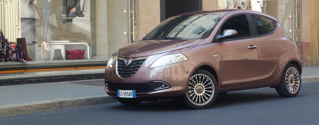 Lancia ypsilon informatie prijzen vergelijkbare modellen autoscout24 - Lancia y diva 2011 ...