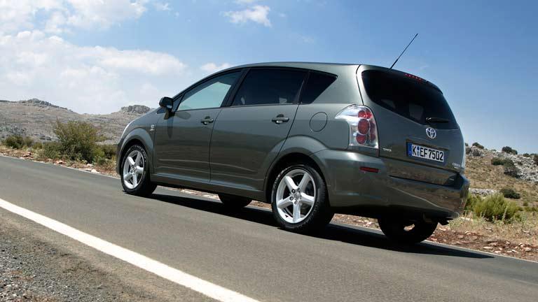 Toyota Verso Nieuw Model >> Toyota Corolla Verso tweedehands & goedkoop via AutoScout24.nl kopen
