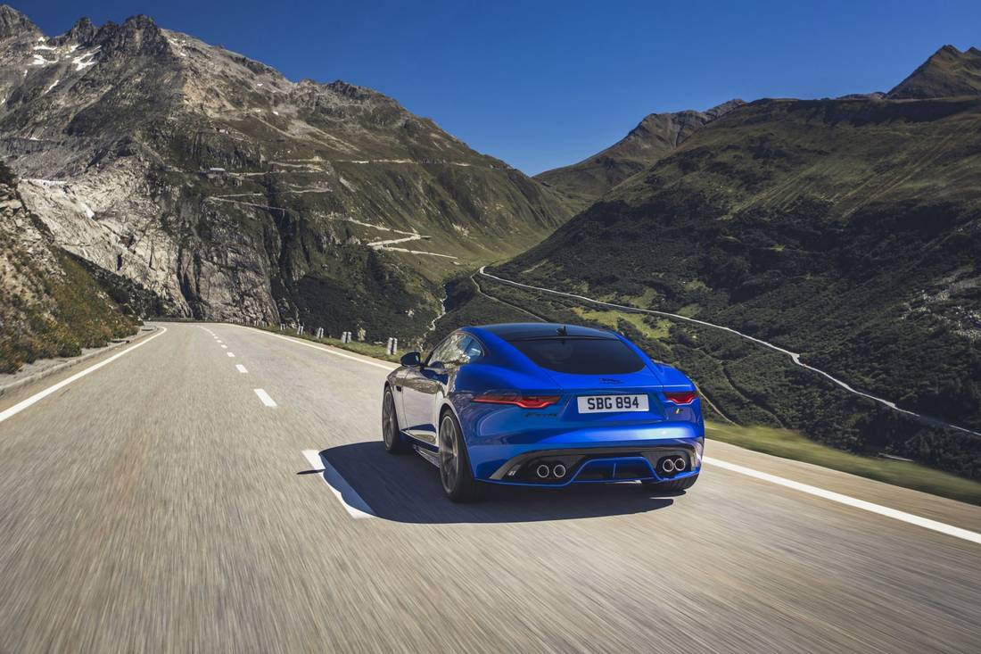 jaguar-f-type-2019-49-4